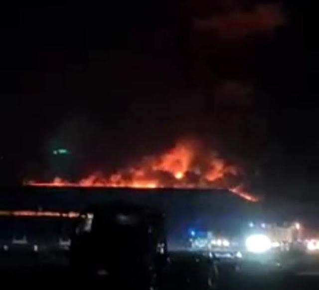 بالصور.. حريق هائل بمحطة فرز وتعبئة حاصلات زراعية بالبحيرة
