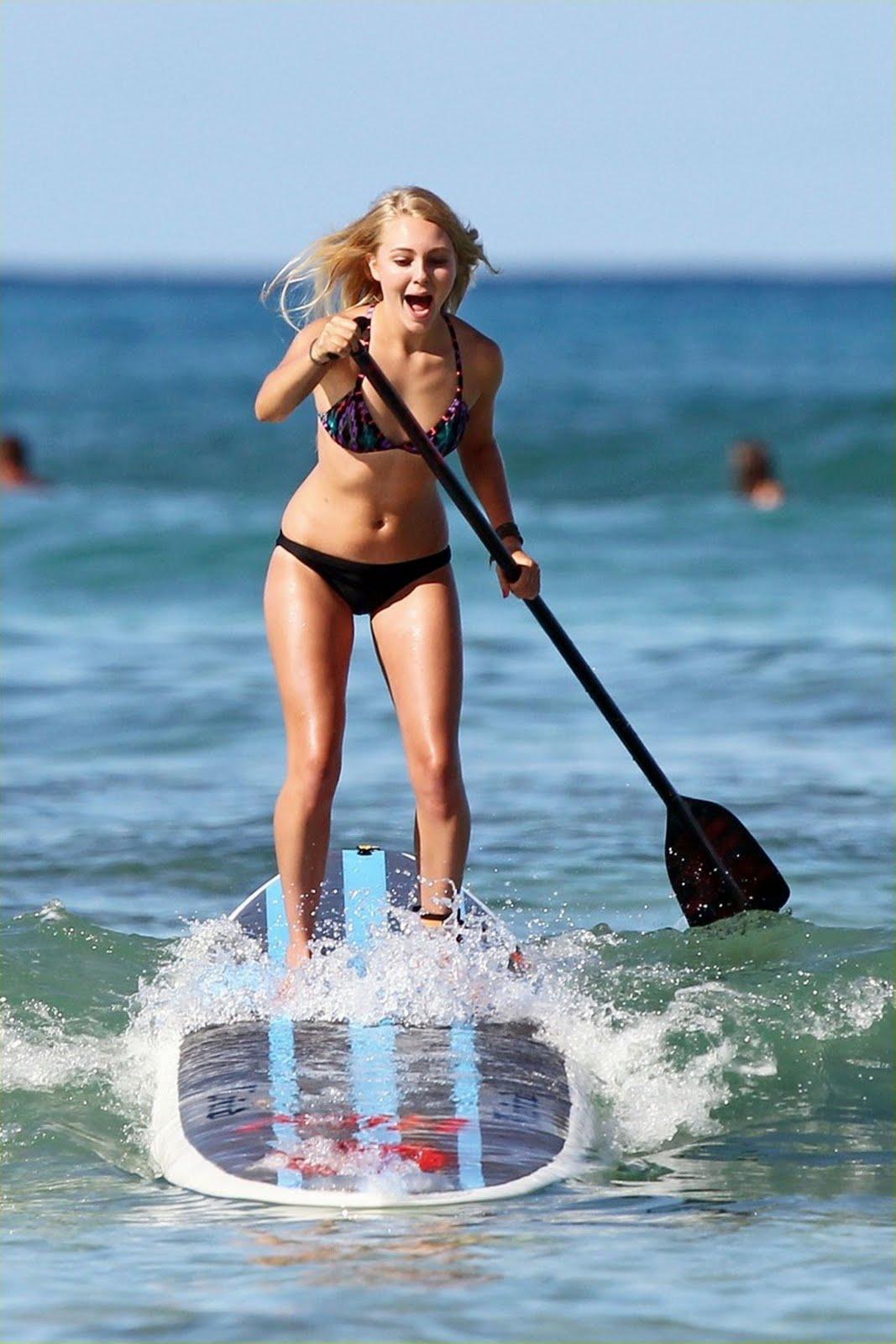 Sexiest Women In Bikinis: AnnaSophia Robb