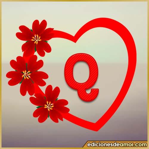 corazón de flores con letra Q