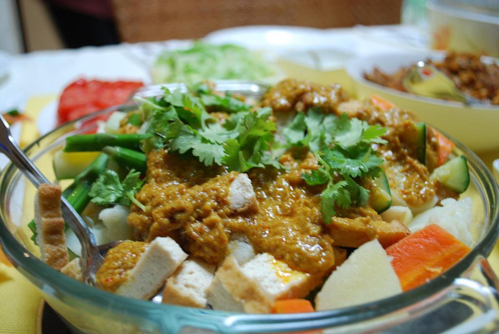 9 Makanan Khas Indonesia Yang Mahal Di Luar Negeri Makanan
