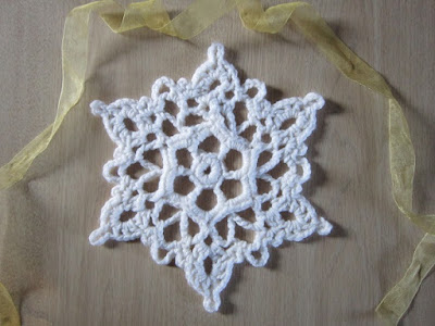 snowflake, winter, coaster, ornament, Christmas, free crochet pattern