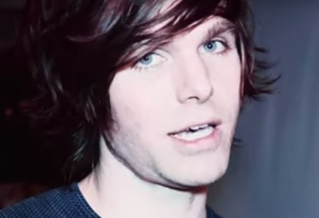 Atheist Vegan YouTuber 'Onision' Accused of Being a Creepy