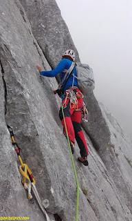 peña regaliz via divertimento, Fernando Calvo guia de alta montaña uiagm