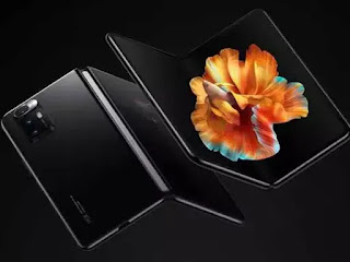 Xiaomi Mi Mix Fold Foldable Smartphone: Xiaomi has launched its first foldable smartphone equipped with a liquid lens and Snapdragon 888 processor. Let us give you information about all the features and price of this phone.