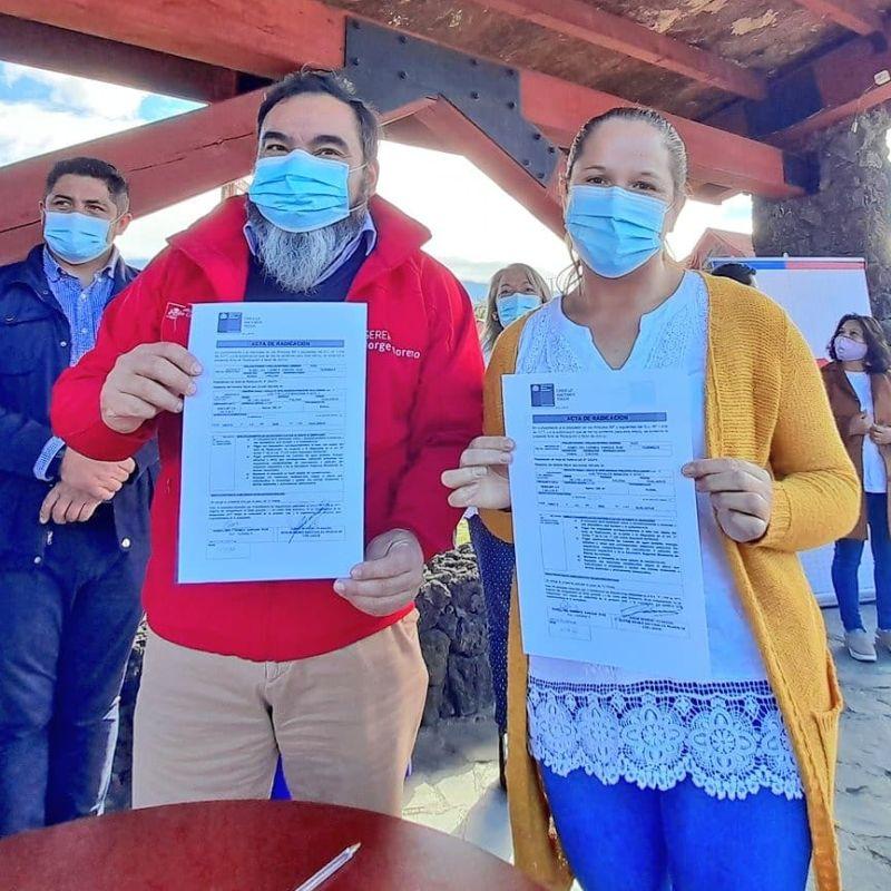 Bienes Nacionales entregó 172 actas de radicación a vecinos de Hualaihué