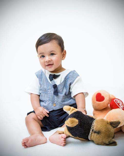 Nimalan's Baby Photoshoot camcrow