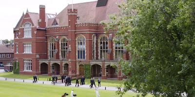 высшее образование в англии для иностранцев