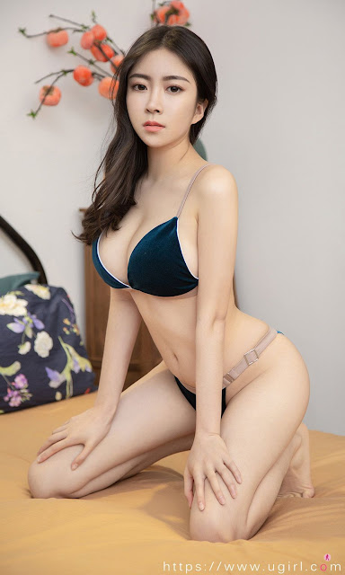 Hot and sexy big boobs photos of beautiful busty asian hottie chick Chinese booty model Lin Xiao Yi photo highlights on Pinays Finest sexy nude photo collection site.
