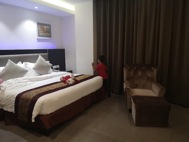 Hotel Review @ E-Red Hotel, Kuantan, Pahang, Malaysia
