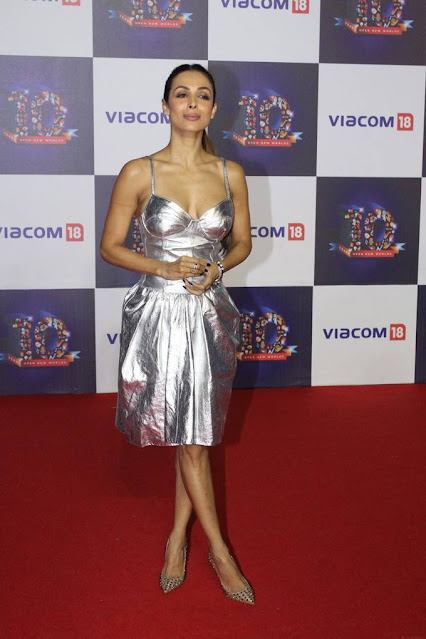 Malaika Arora  IMAGES, GIF, ANIMATED GIF, WALLPAPER, STICKER FOR WHATSAPP & FACEBOOK