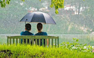 100+ Kata-kata Hujan Romantis yang Bikin Rindu Pasangan Anda