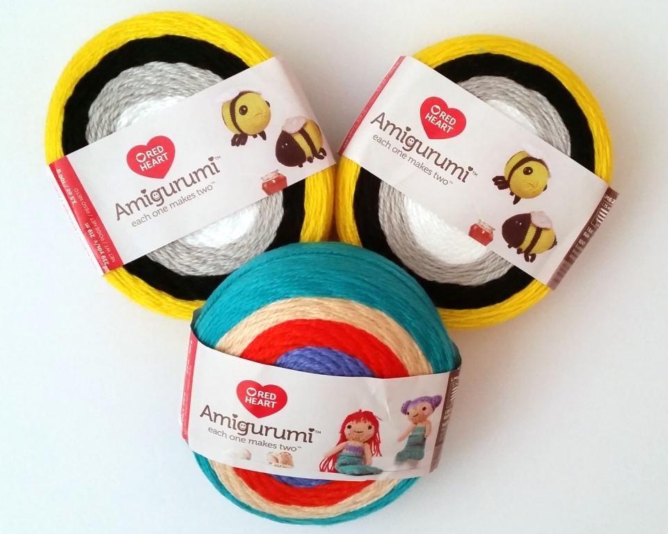 Tina & Nina Mermaid free knit pattern in Amigurumi yarn. Tina ... | 768x960
