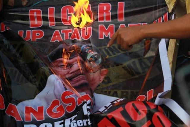 Gerombolan Boedi Djarot, Vandalisme Khas Komunis