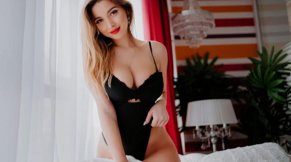 BlairNova Model GlamourCams
