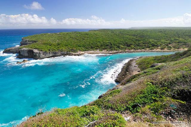 Anse Bertrand vue du ciel en Guadeloupe