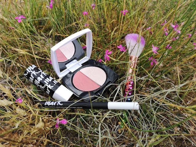 [AVON] Kosmetyki kolorowe marki AVON