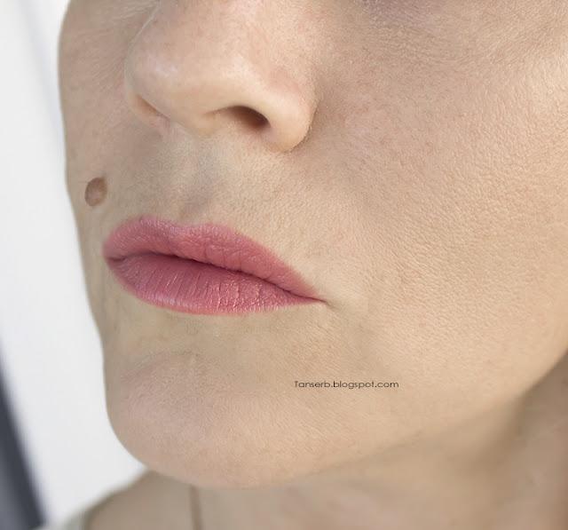 Kodi Professional Lipstick Make-Up #02