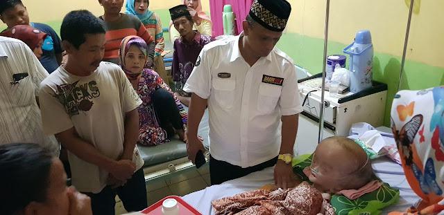Peduli, BARAKKA Jenguk Balita Penderita Hidrosefalus di RS Siwa