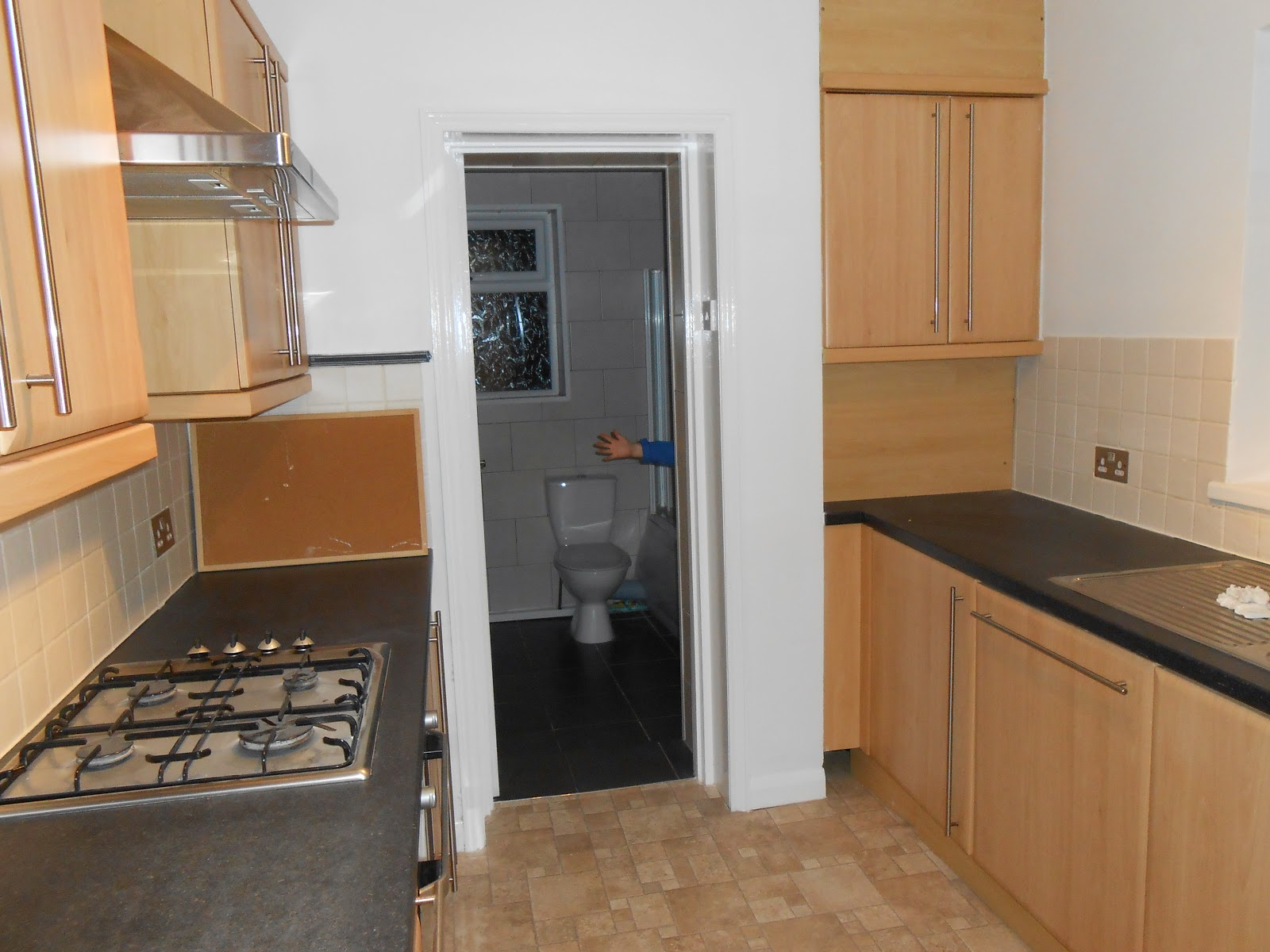 fitted kitchen in investment property for rent to families