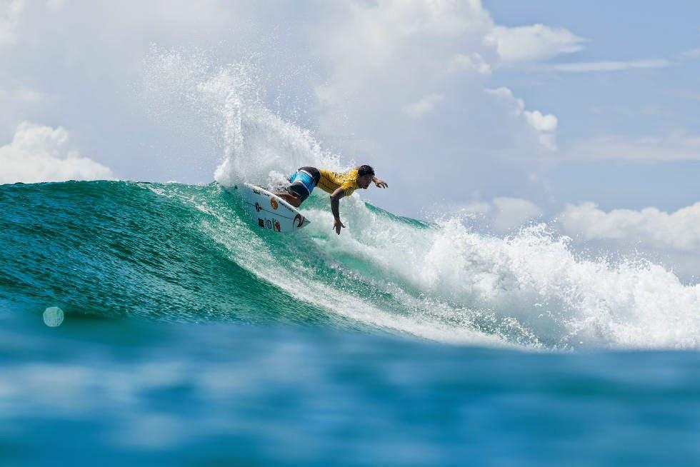 25 Quiksilver Pro Gold Coast 2015 Gabriel Medina Foto WSL Kelly Cestari