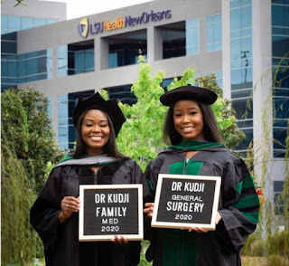 kay's report:How Sweet! Mother And Daughter Graduate From Medical School Same Day (Photos)