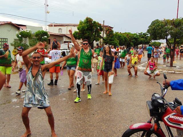 Resultado de imagem para carnaval em ipanguaçu 2017