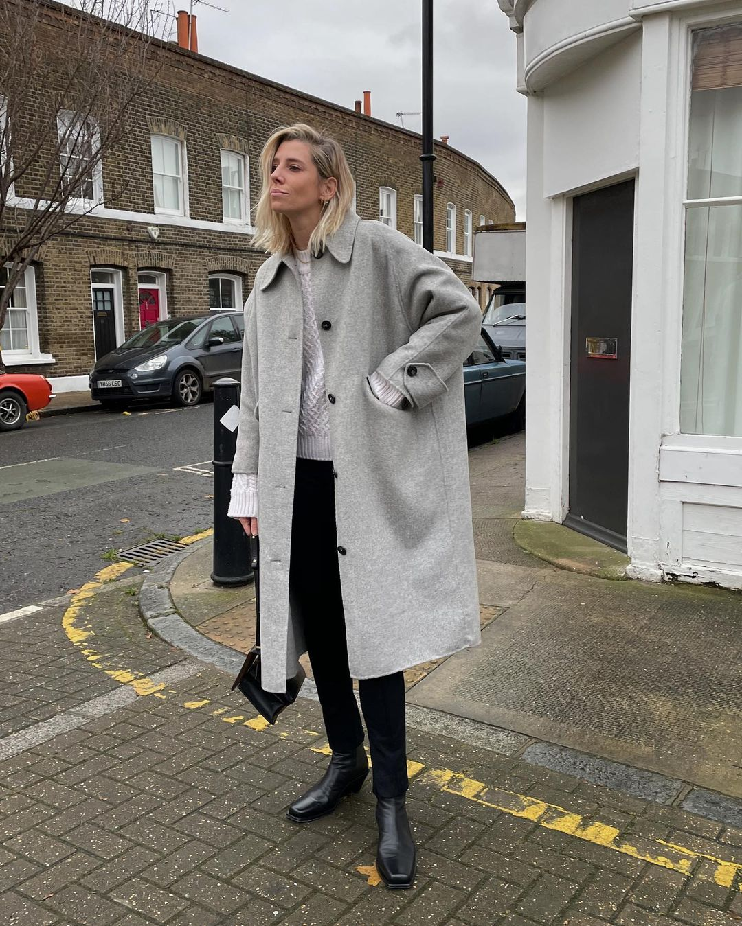How to Wear a Gray Coat — Lindsey Holland Winter Outfit Idea