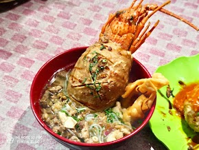 Bakso Sera Boyolali Sajikan Bakso Lobster dan Kuburan yang Lezat