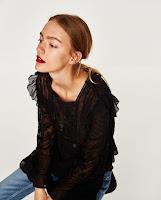 https://www.zara.com/fr/fr/collection-aw-17/femme/nouveaut%C3%A9s/blouse-romantique-c840002p4719004.html