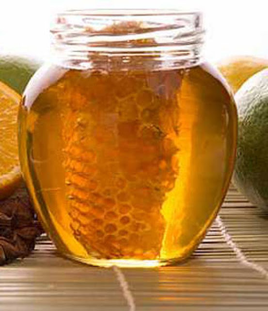 Πωλείται μέλι σε Τρίπολη και Αθήνα