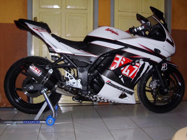 Terindex K Motor Ninja Depan Rumah