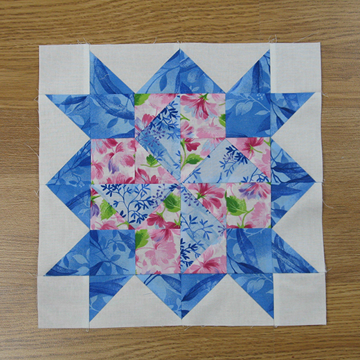 Weathervane Variation Quilt Block designed by Elaine Huff of Fabric406