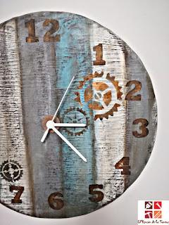 diy reloj de madera con stencil