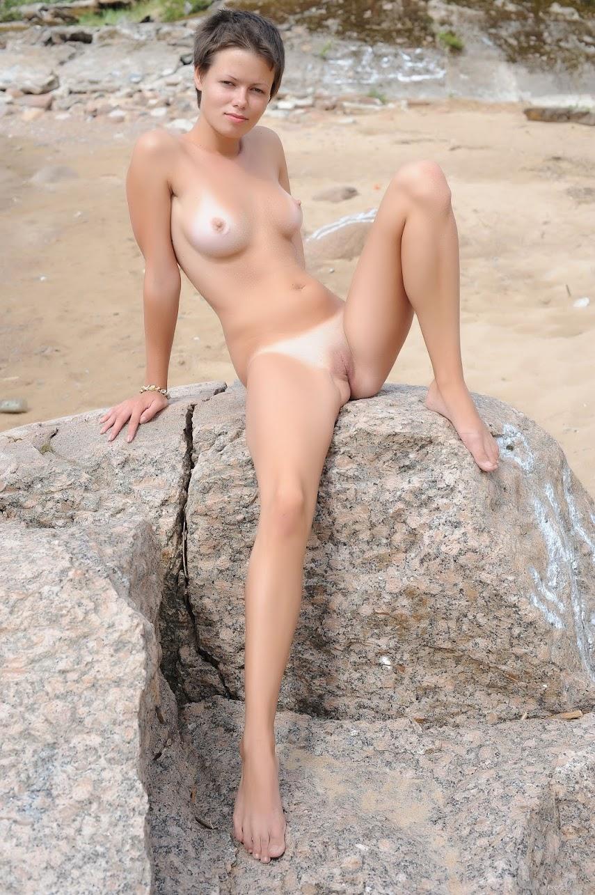 [EroticBeauty] Maza - The Beach 1489831647__eb-the-beach-cover