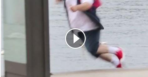 Gara-gara Pokemon Go, Lelaki Gendut Ini Akhirnya Tenggelam Ke Danau (Video)