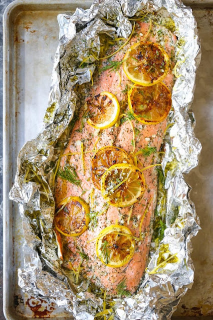 garlic butter baked salmon in foil recipe