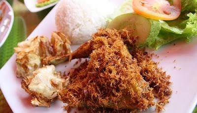 Resep Ayam Goreng Serundreng yang Gurih dan Crunchy