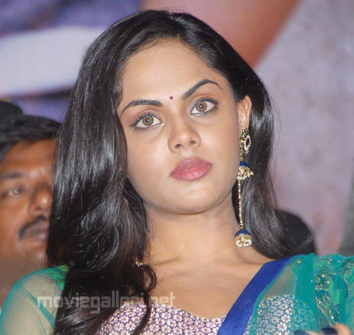 Pictures And Wallpapers: Actress Radha Daughter Karthika