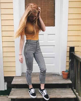 outfit juvenil con pantalón a cuadros