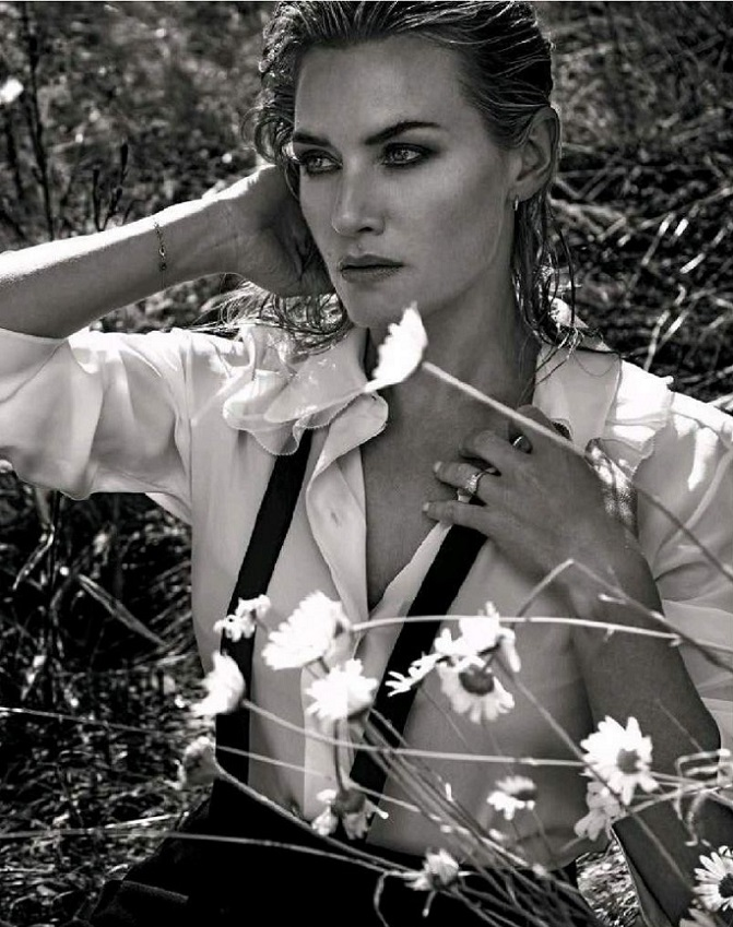 Congratulate, simply Kate winslet vanity fair sorry, that