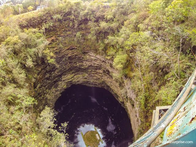 Furna 1, caverna no Parque Estadual de Vila Velha, Paraná