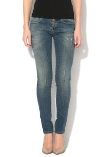Jeansi super skinny albastri
