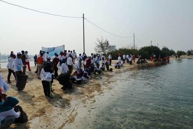 Aksi Bersih-bersih di Pulau Untung Jawa Kembali Digelar