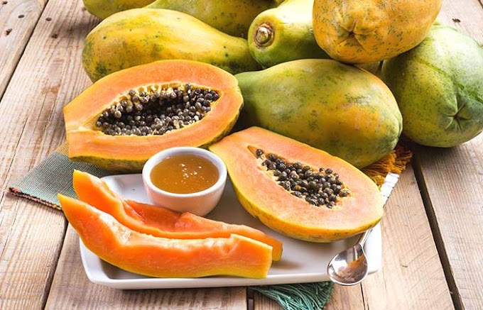 Get Rid Of Acne Permanently With Papaya And Honey Face Mask