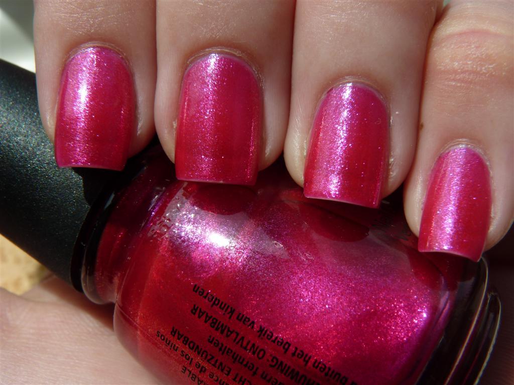 dark pink nail polish - HD1024×768