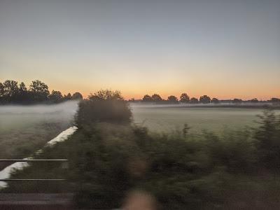 Welder unter Nebelschwaden