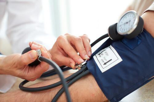 Hipotensi adalah tekanan darah di bawah angka normal