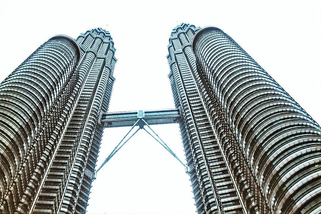 Twin Towers, Sigma Zoom Gamma 21-35mm F3.5~4 04