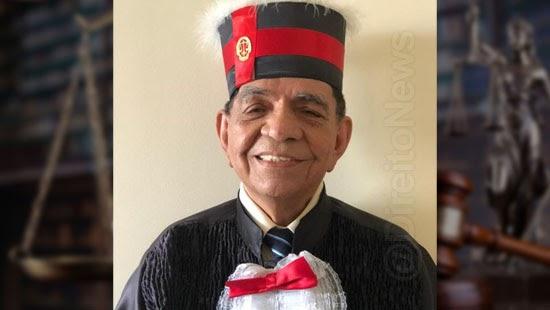 idoso 82 anos forma direito castanhal