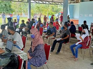 Target  Vaksinasi Wilayah, Kodim 0726/Sukoharjo Gelar Serbuan Vaksinasi TNI di Sentra Niaga Solo Baru